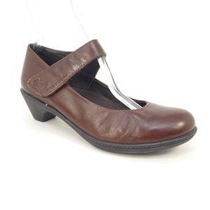 Dansko Brown Leather Mary Jane Heels  (203)